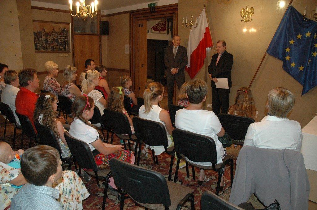 Konsulat Generalny RP w Kalingradzie - byc polakiem